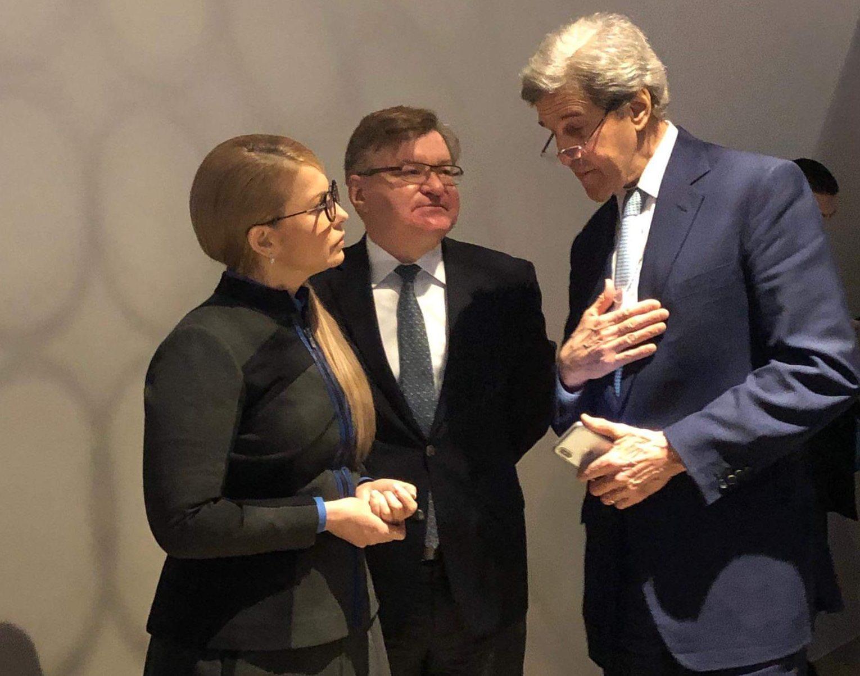 Юлія Тимошенко зустрілася з колишнім Держсекретарем США Джоном Керрі