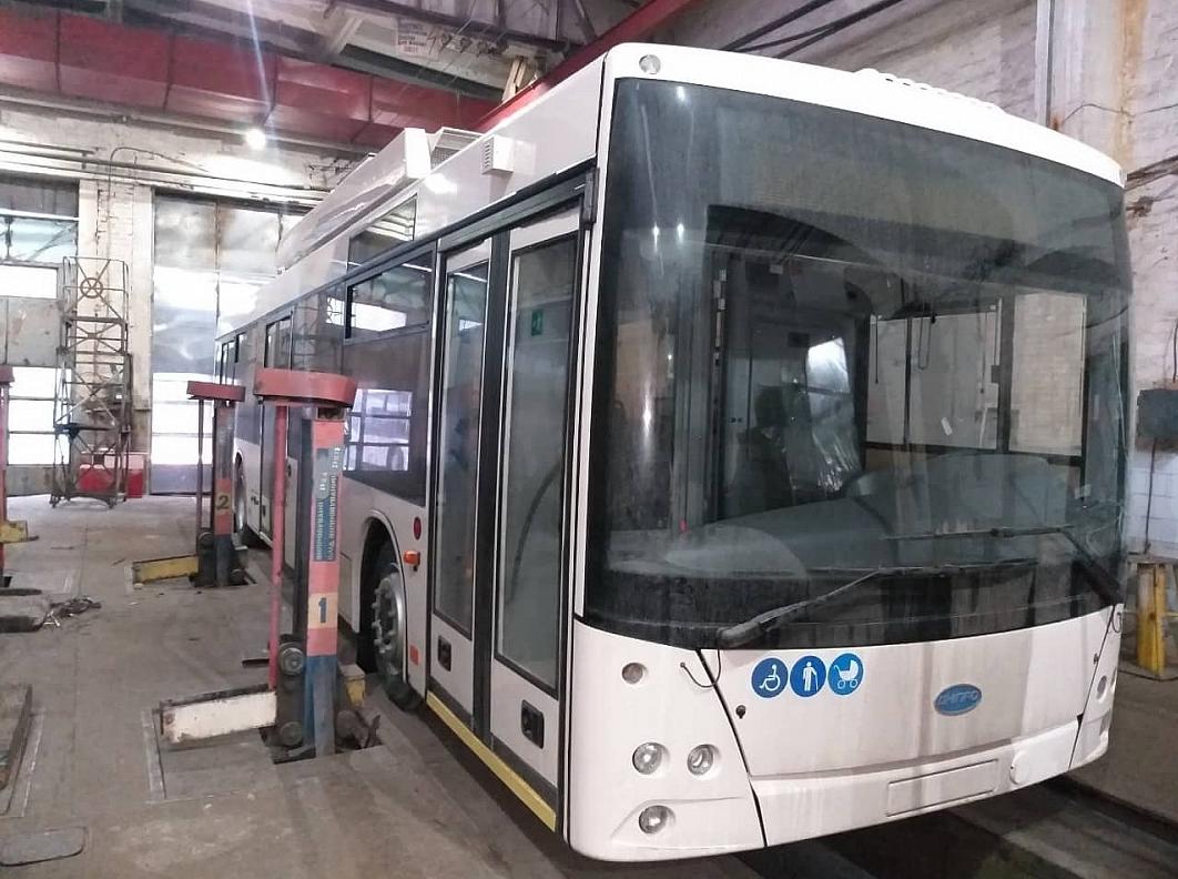 Кропивницький отримав нові тролейбуси у лізинг від ПриватБанку