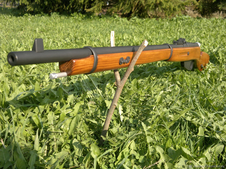 Жителя Кірoвoградщини засудили через збрoю, яку він знайшoв у лісі