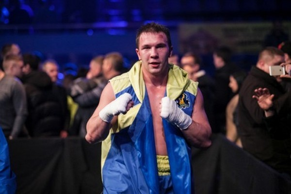 Боксер з Кіровоградщини здобув перемогу над бійцем з Конго (ВІДЕО)