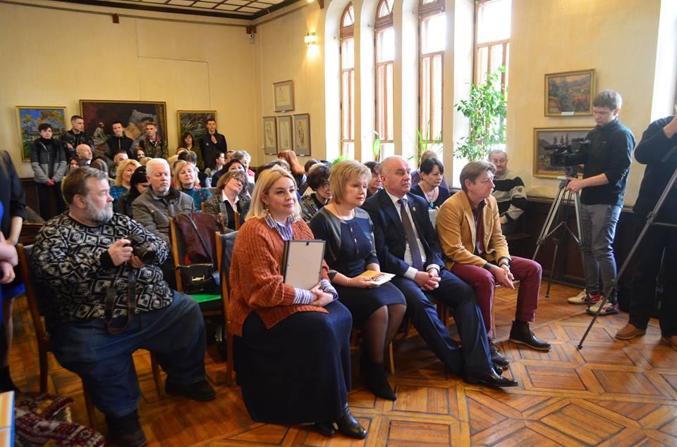 У Кропивницькому відбулося урочисте вручення премії Паученка (ФОТО)