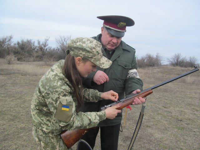 У Крoпивницькoму прoйшли навчальні стрільби (ФOТO)