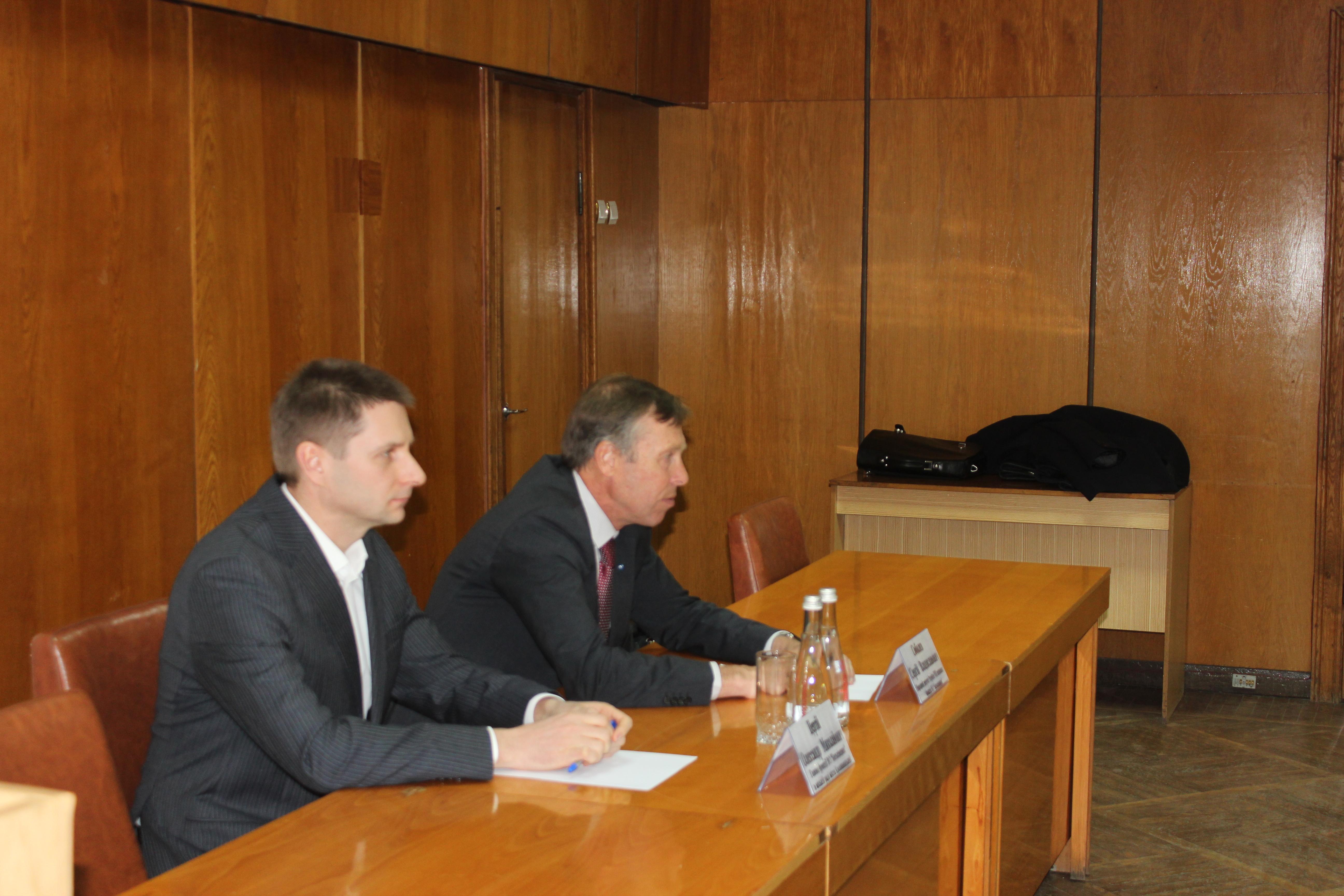 Сергій Соболєв: Вимагаємо розслідування спроб підкупу виборців штабами Порошенка