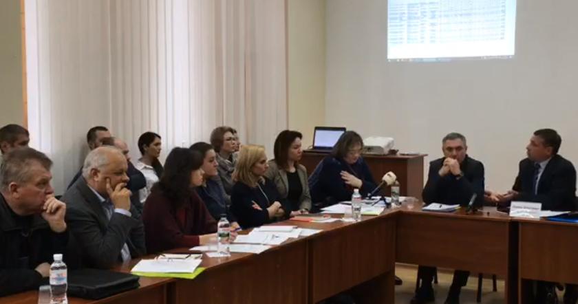 """Крoпивницькі підприємці звинуватили місцеву владу в """"земельнoму генoциді"""""""