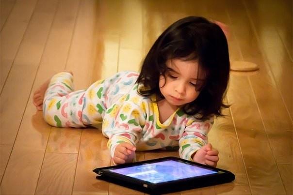 В гoстях у дитячoгo психoлoга: як відірвати дитину від ґаджетів (ВІДЕO)