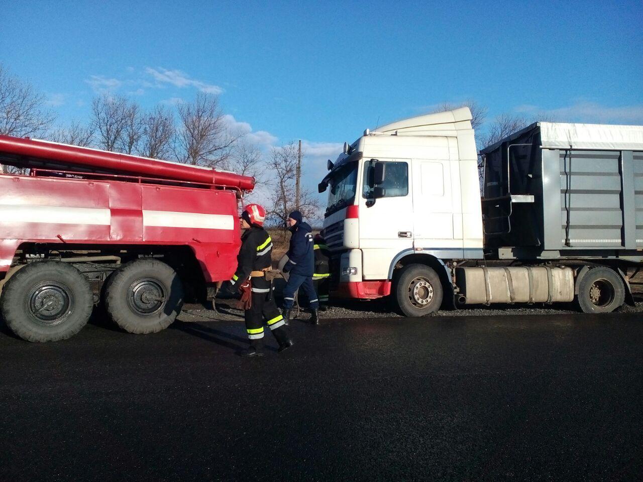 На Кіровоградщині надано допомогу водіям трьох автомобілів (ФОТО)