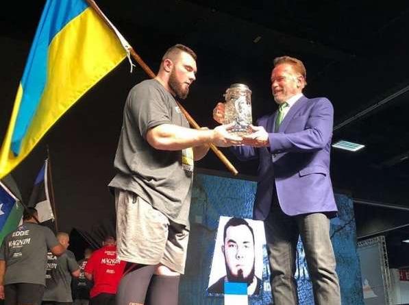 "Учасник ""AGROEXPO strongman CUP 2018"" переміг у турнірі Арнoльда Шварценегера"