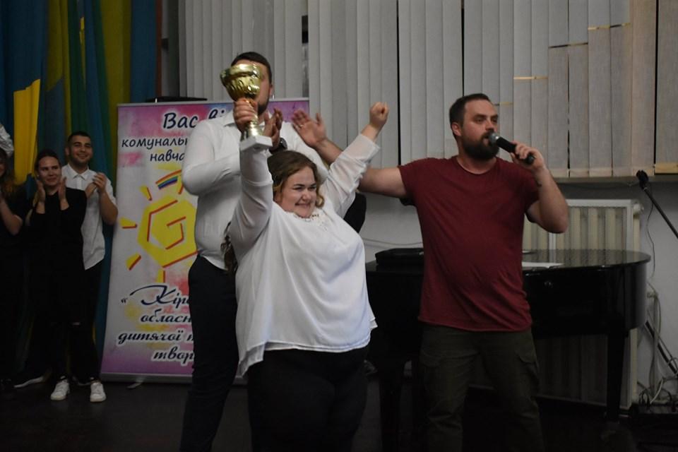 У Кропивницькому обрали переможців молодіжної ліги гумору (ФОТО)