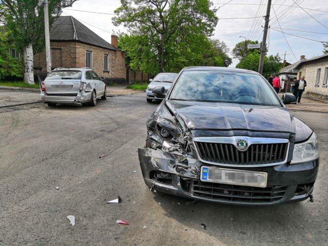 На Кіровоградщині зіткнулись два автомобілі Skoda (ФОТО)