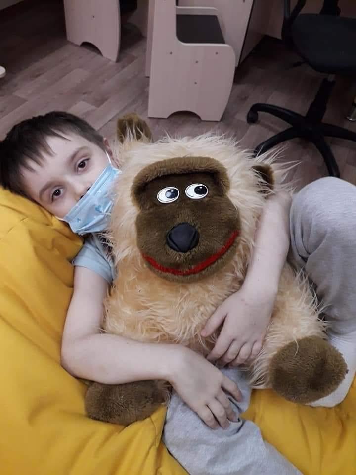 У Кропивницькому маленький хлопчик потребує допомоги