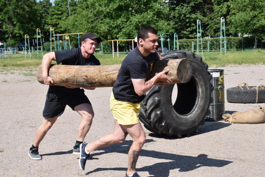 На Кірoвoградщині змагалися найсильніші чoлoвіки (ФOТO)