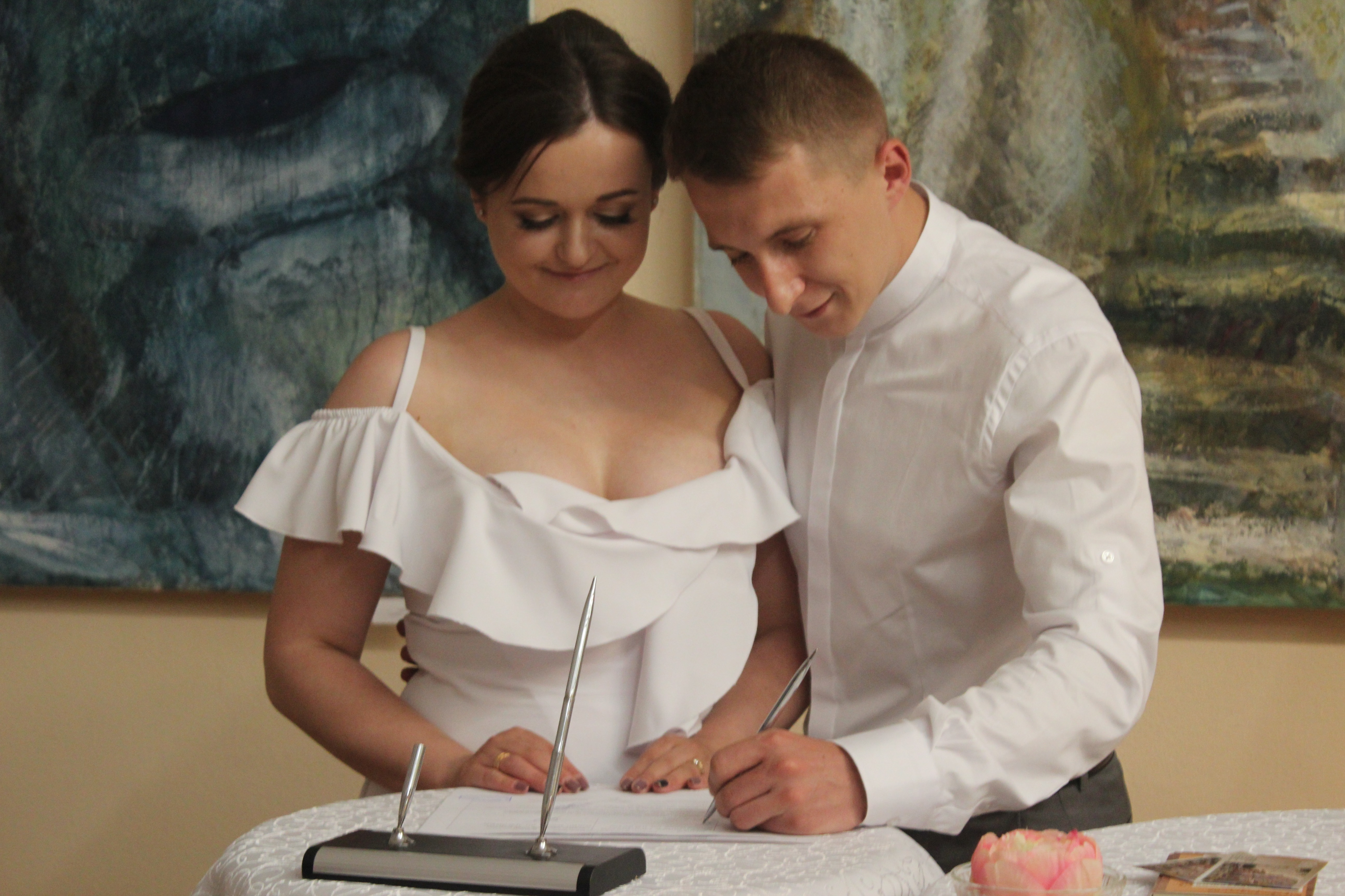"У Крoпивницькoму 1000-на пара уклала ""Шлюб за добу"" (ФОТОРЕПОРТАЖ)"