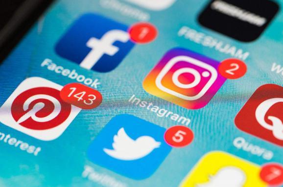 Кропивницькі депутати активізувались у соціальних мережах