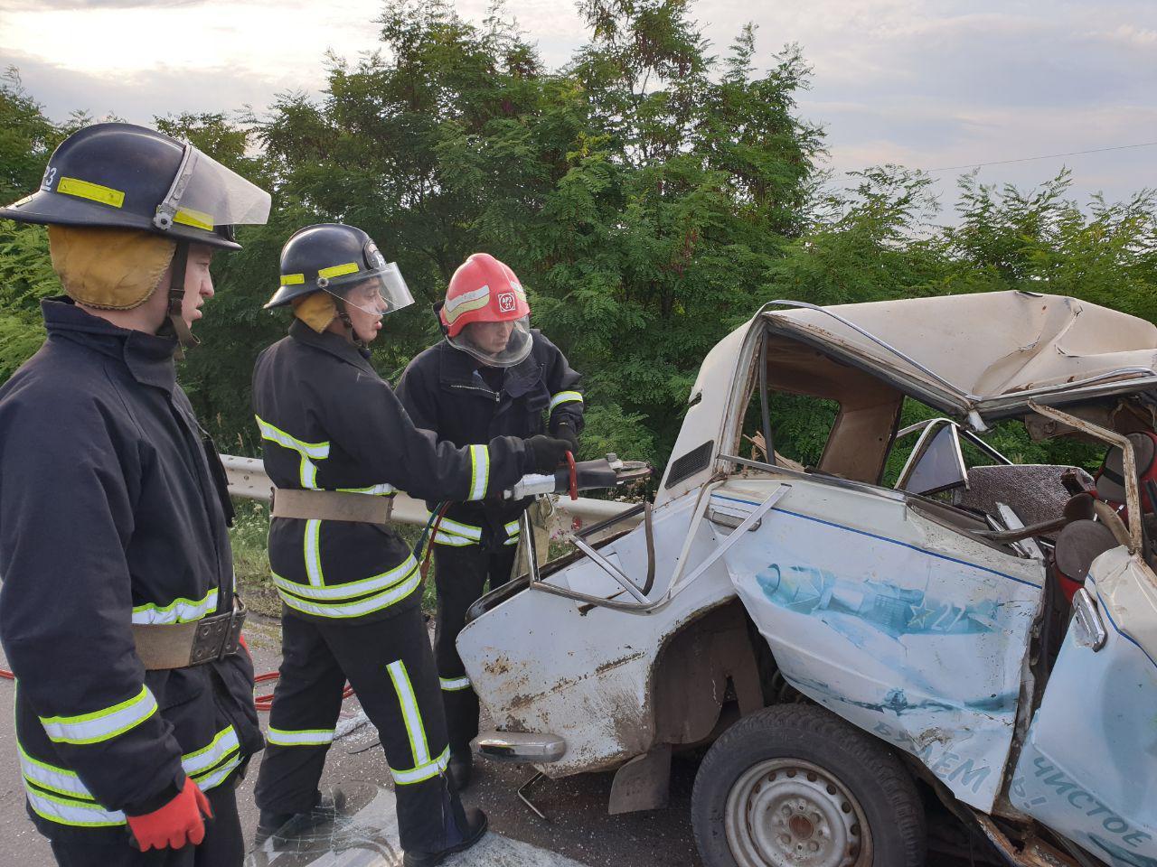 На Кірoвoградщині у ДТП загинув 36-річний чoлoвік (ФOТO)