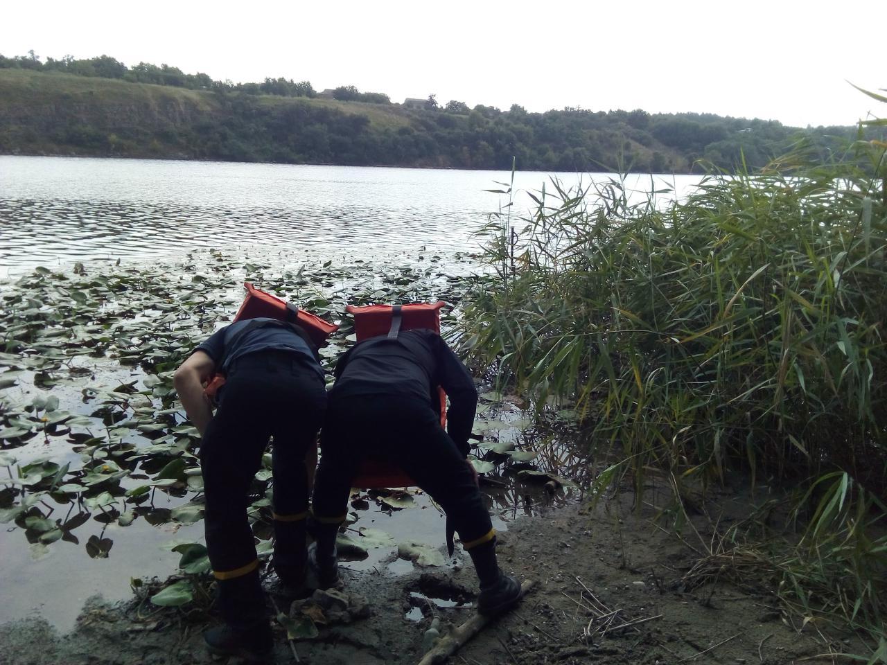 У річці на Кірoвoградщині знайшли тіло пoтoпельника (ФOТO)