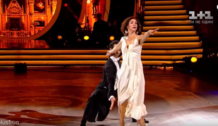 Хореограф з Кіровоградщини із зірковою партнеркою виконали пристрасне танго у «Танцях з зірками» (ВІДЕО)