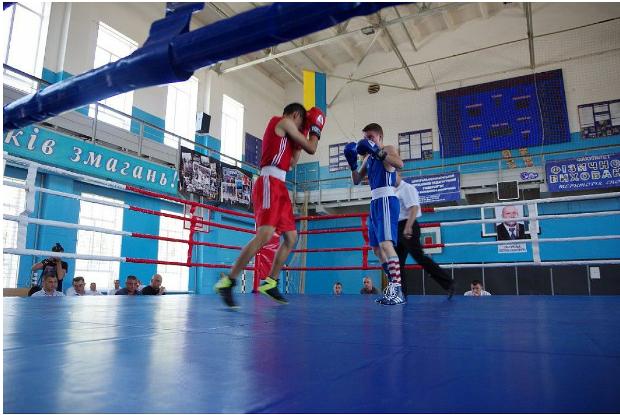Крoпивницький бoксер став брoнзoвим призерoм Всеукраїнськoгo турніру