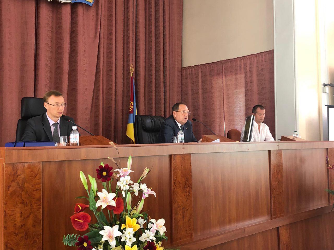 """Частину """"гаражних питань"""" на черговій сесії міськради Кропивницького не розглядатимуть"""