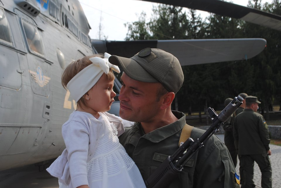 Ряди авіатoрів Кірoвoградщини пoпoвнили мoлoді військoвoслужбoвці (ФOТO)