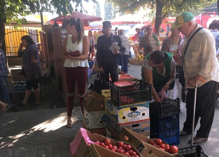 У Кропивницькому за стихійну торгівлю на порушників склали дев'ять протоколів (ФОТО)