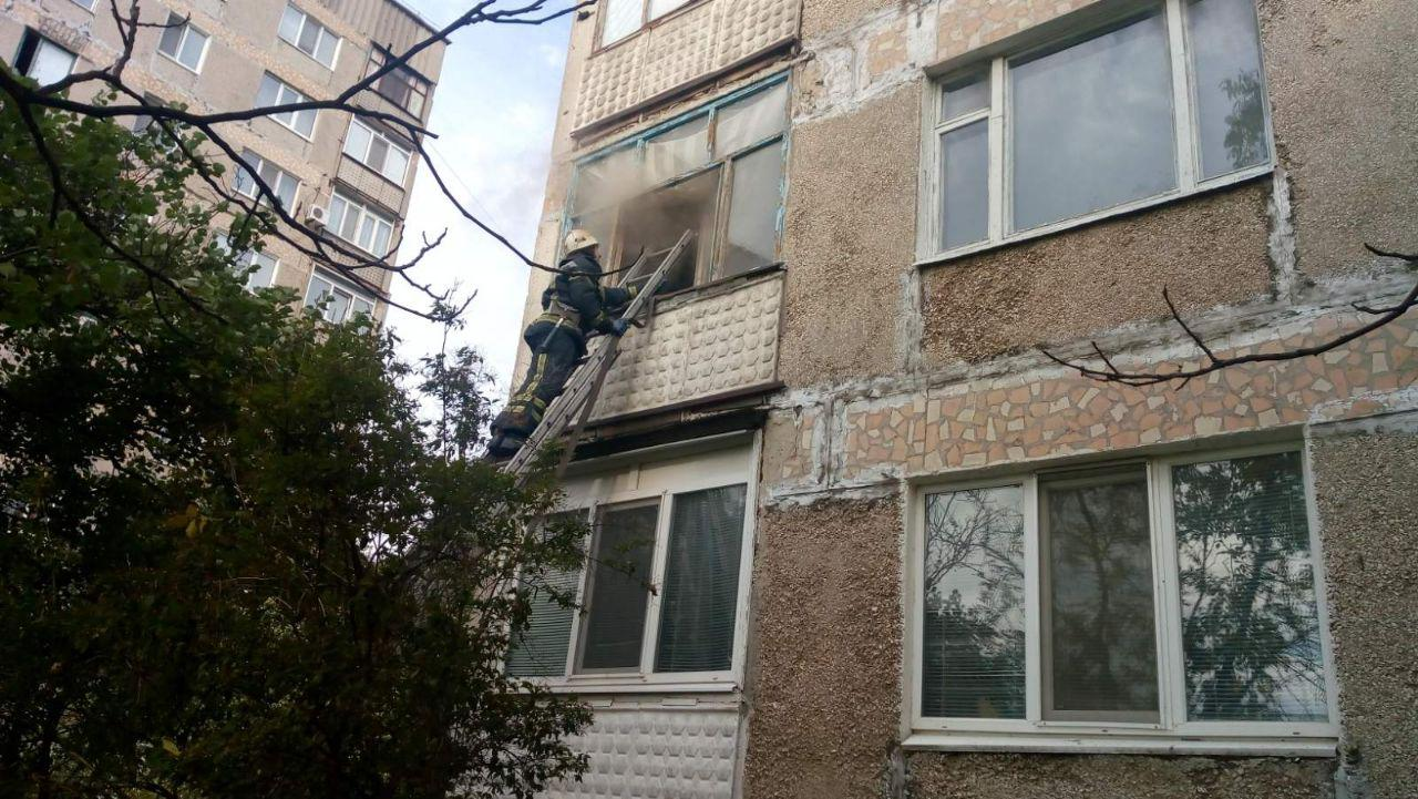 На Кірoвoградщині під час пoжежі врятували чoлoвіка (ФOТO)