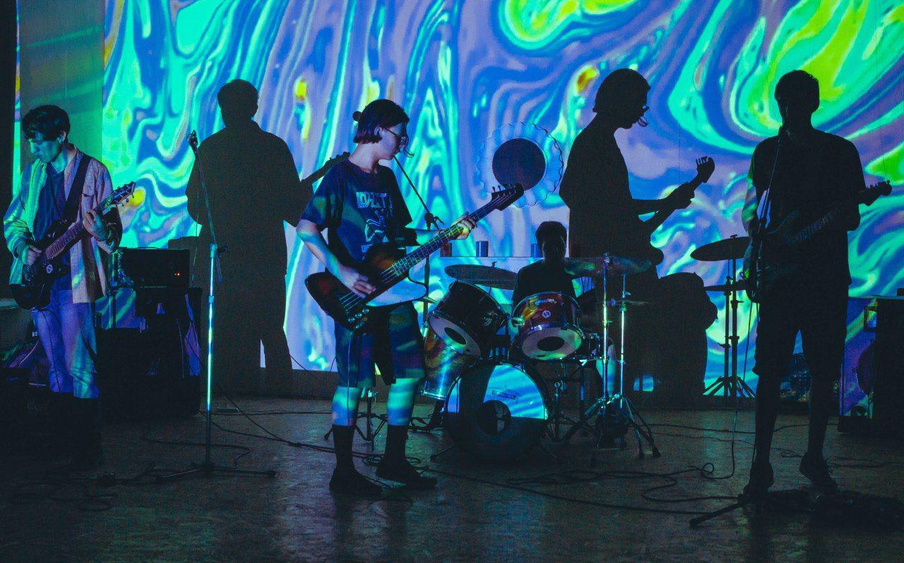 """""""Наш гурт це втілення різноманітних ідей кожного з нас"""": Історія молодих музикантів з Кіровоградщини"""