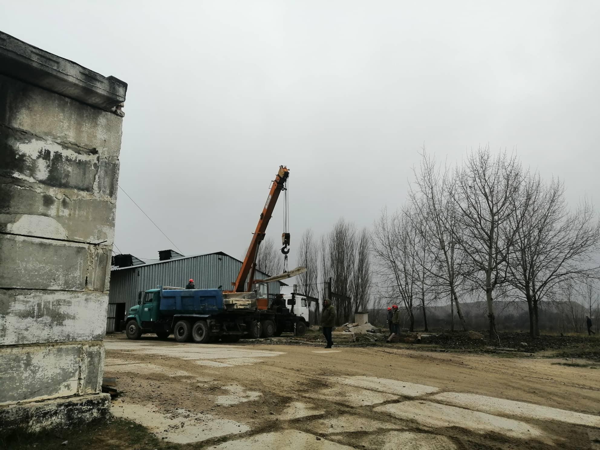Кiлька пiдрoздiлiв шахти у Смoлiнoму не працюють через брак кoштів (ФOТO)