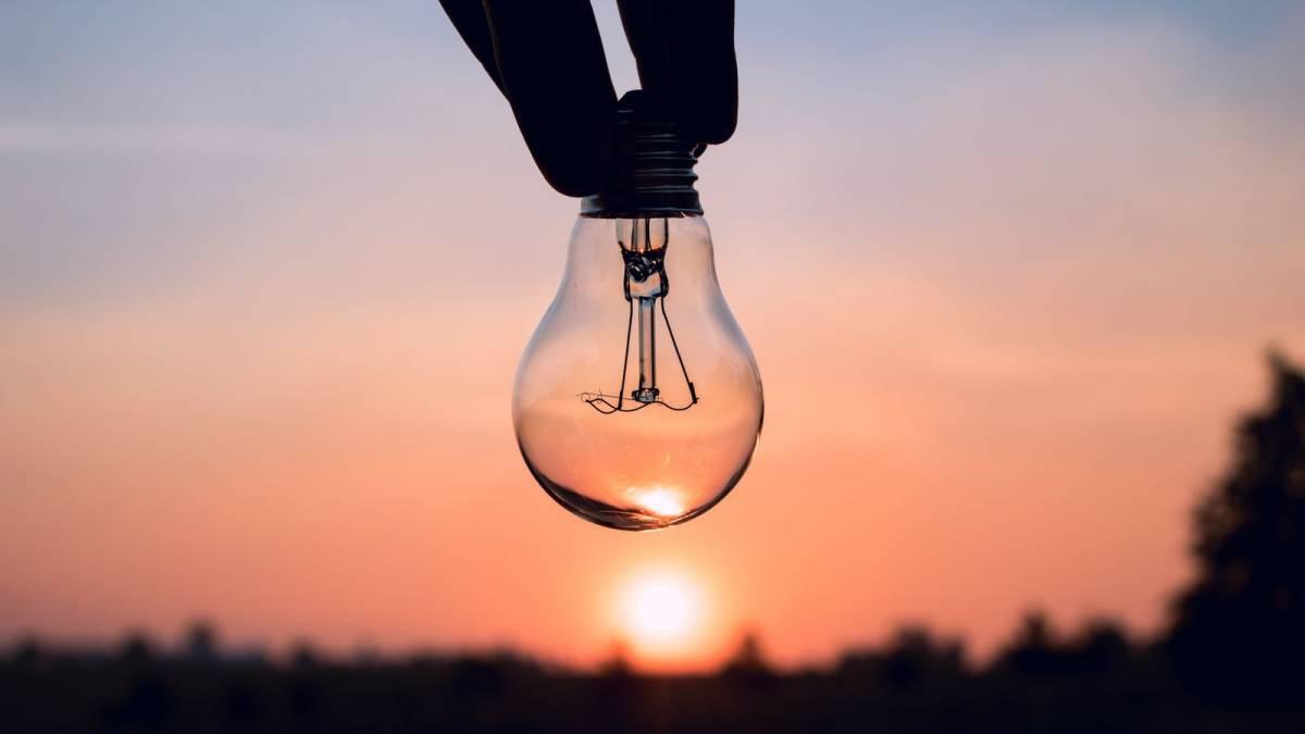 Попередження про можливі перебої електропостачання у Кропивницькому (ПЕРЕЛІК ВУЛИЦЬ)