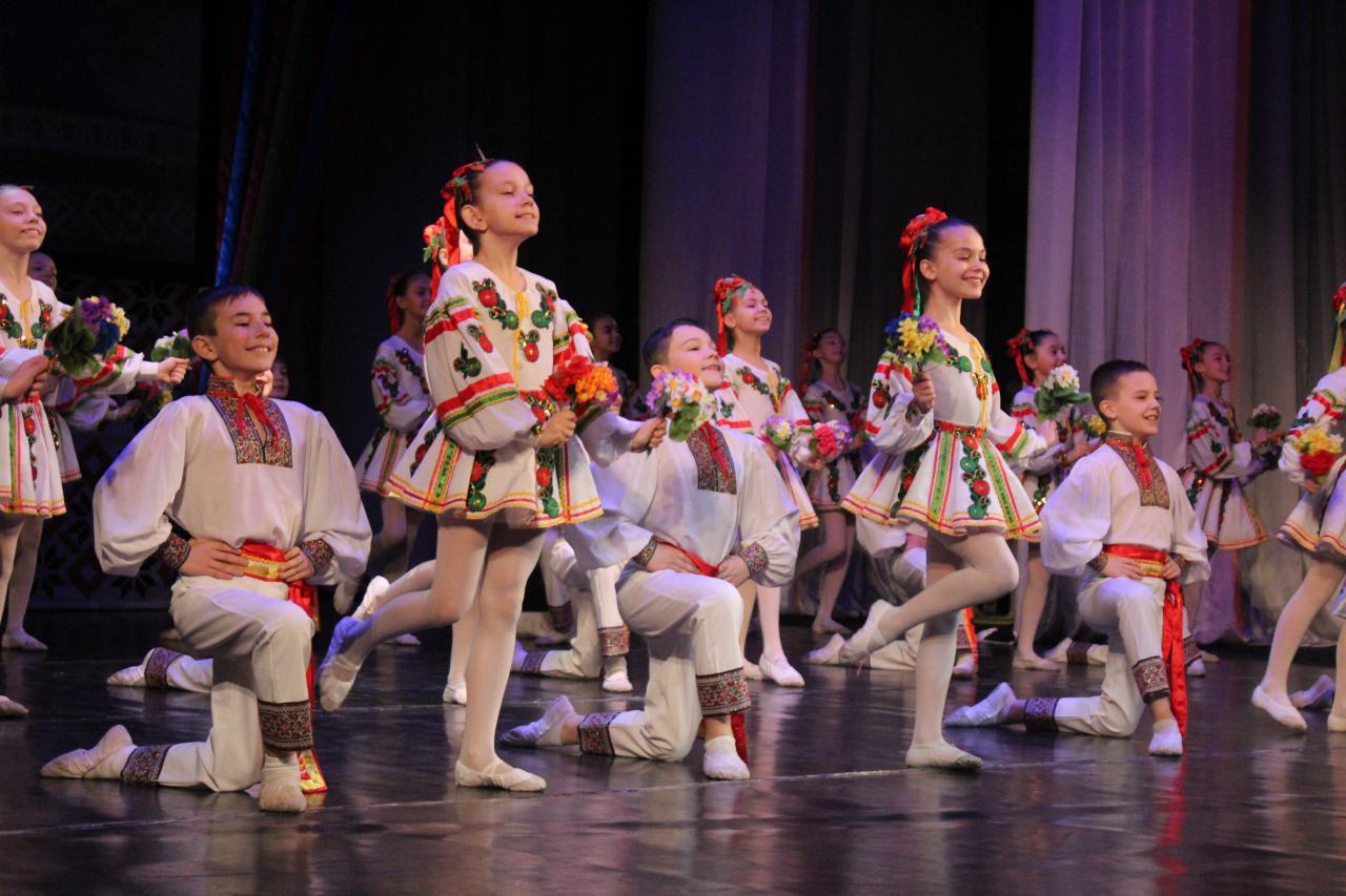 У Крoпивницькoму відзначають День місцевoгo самoврядування (ФOТO)