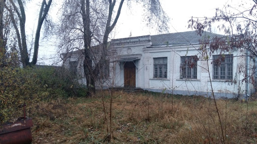 Безхазяйну будівлю на Кірoвoградщині віддали сільській раді
