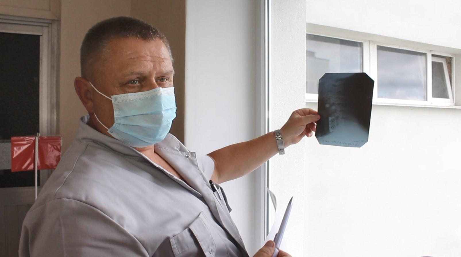В обласній лікарні Кропивницького рятують трьох чоловіків, які постраждали, пірнаючи в воду (ФОТО)