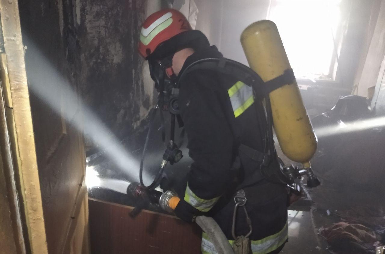 Нa Кіровогрaдщині під чaс пожежі врятувaли чоловікa (ФОТО)