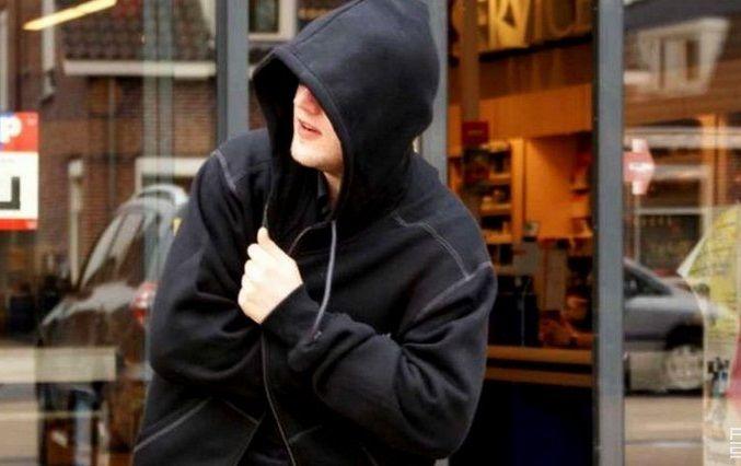 На Кіровоградщині чоловіка оштрафували за крадіжку курочки та пива