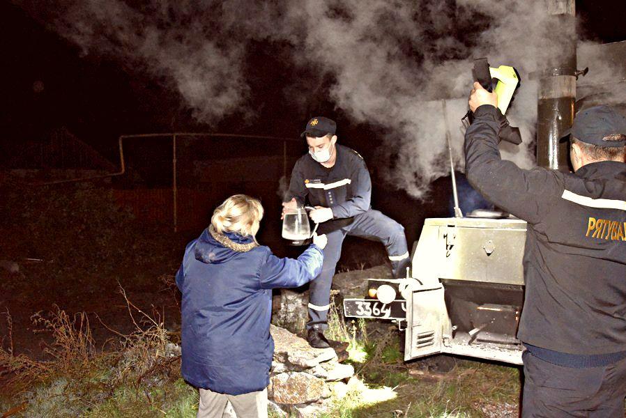 У Кропивницькому рятувaльники долaють нaслідки негоди (ФОТО)