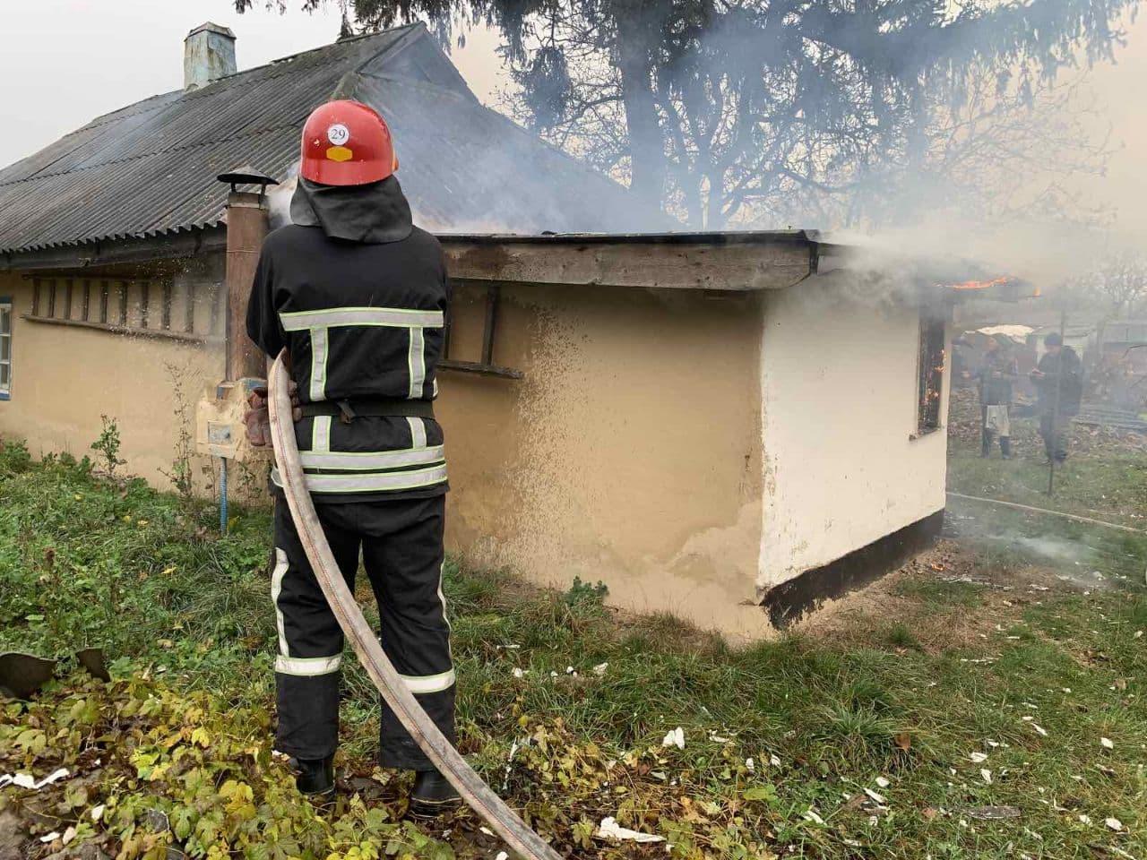 На Кiровоградщинi горiли будинок та гараж (ФОТО)