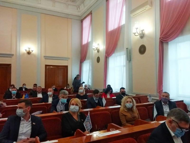 Новообрані кропивницькі депутати перейменували міську раду та звільнили секретаря