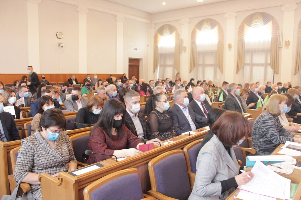 Двом навчальним закладам Кіровоградщини призначили керівників