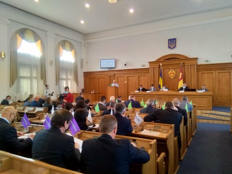 За 7 років у закладах освіти Кіровоградщині працевлаштовано 785 випускників вишів