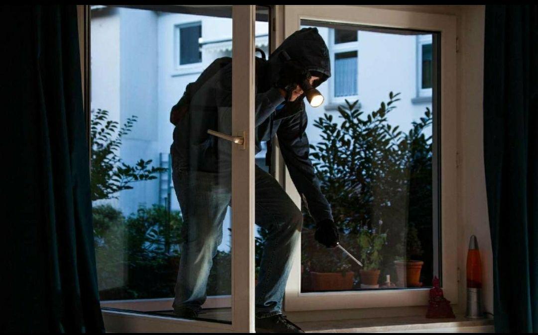 Кiровоградщина: що робити якщо до Вашого житла хочуть вдертися крадiї  або це вже сталося