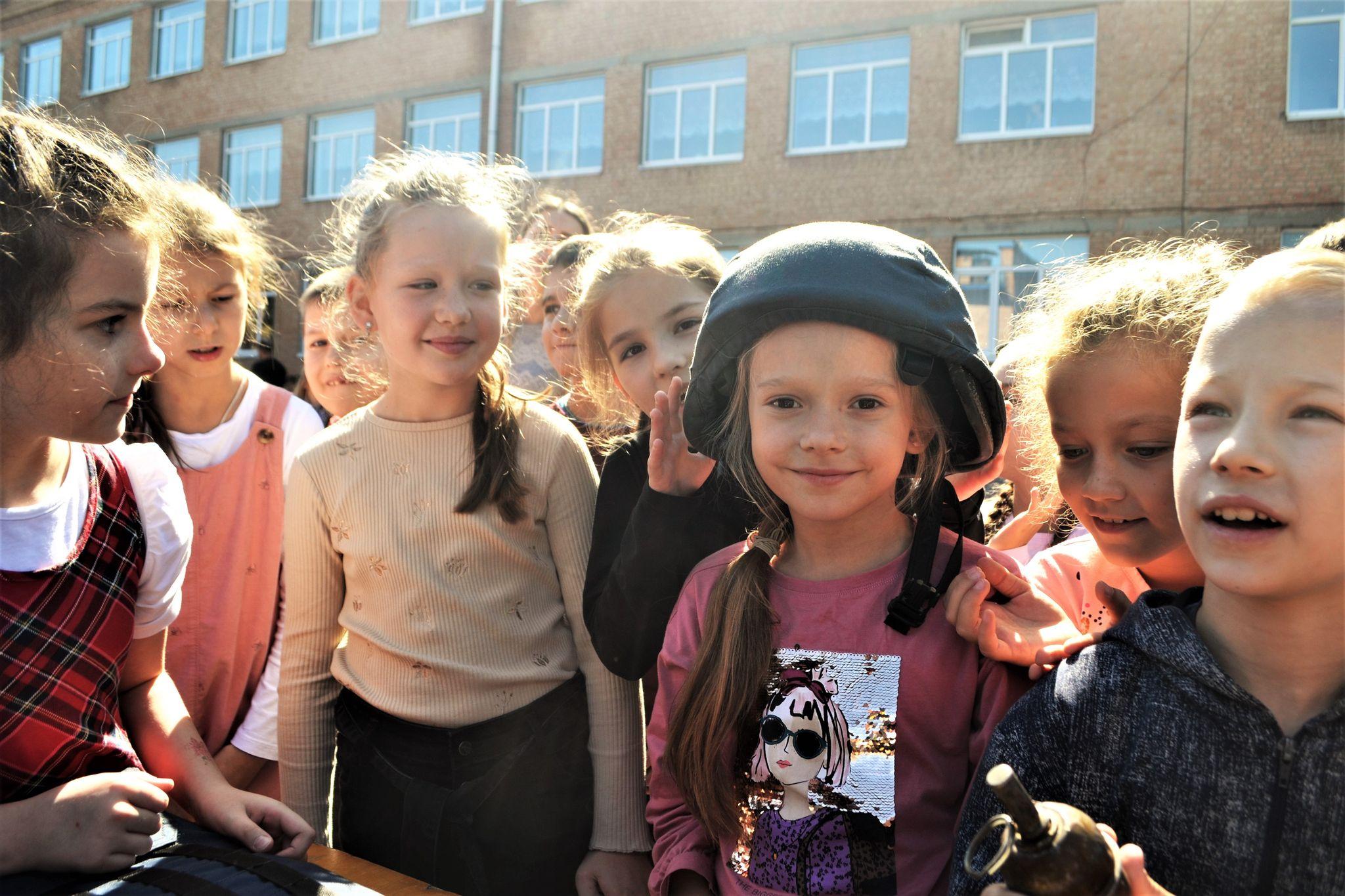 Поліціянти та рятувальники завітали в гості до кропивницьких школярів (ФОТО)