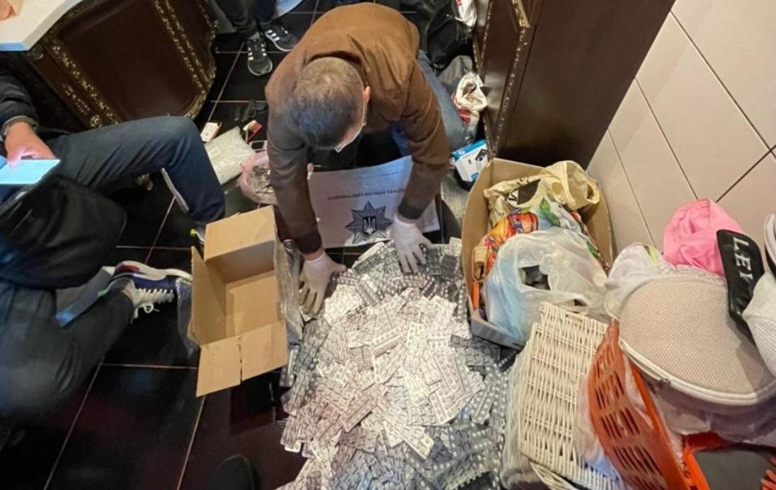 На Кіровоградщині викрили діяльність наркосиндикату (ВІДЕО)