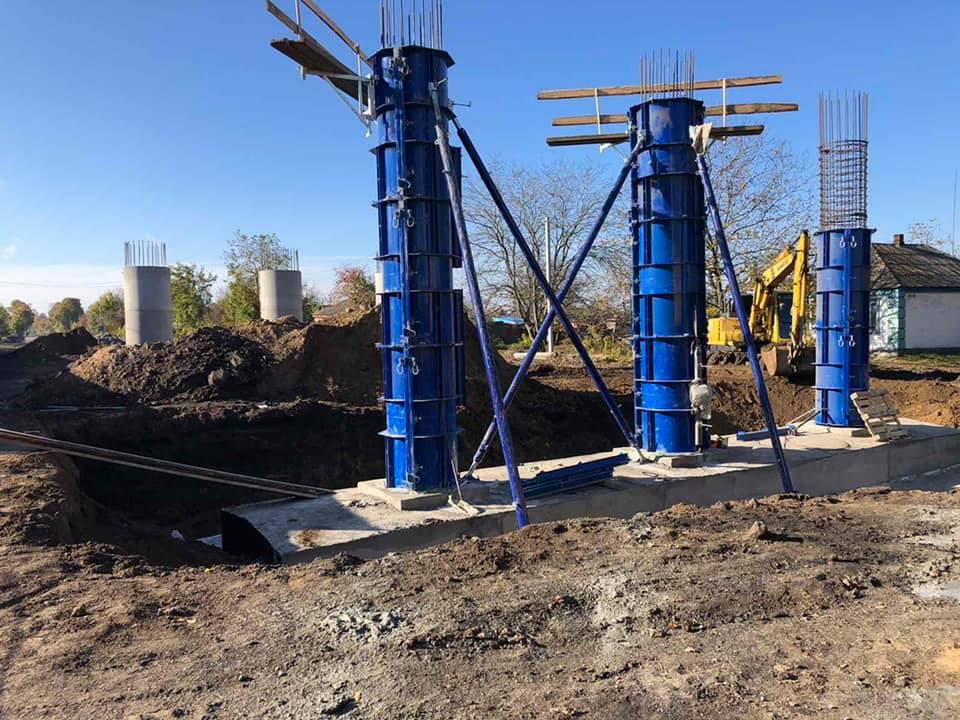 На Кіровоградщині продовжують реконструкцію шляхопроводу у Знам'янці Другій