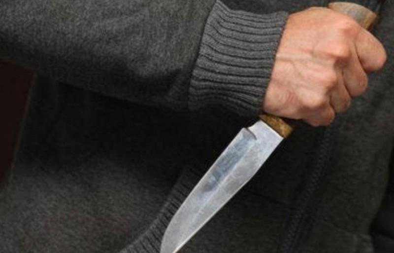 Житель Кіровоградщини через відмову дати в борг штрикнув ножем знайомого